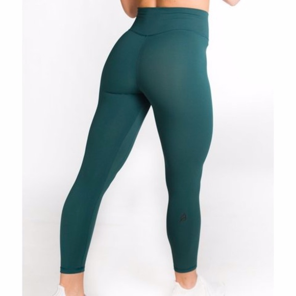 P Tula Pants Jumpsuits Ptula Mayra Plush Emerald Green Leggings Poshmark 34 likes · 1 talking about this. poshmark